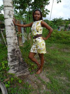 Geel bruin bloem jurk 1